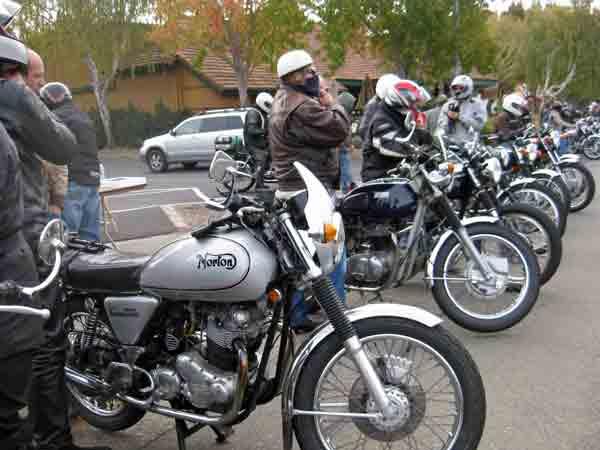 Rider's prepare to go.