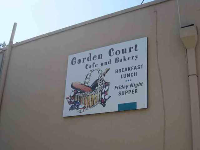 Welcoming cafe in Glen Ellen