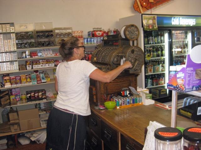 A fabulous grocery store deserves a fabulous cash register